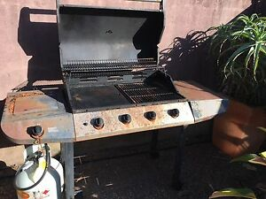 Hooded 4 Burner Barbecue Cooks Hill Newcastle Area Preview
