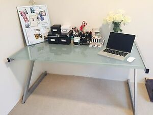 Tempered glass desk Wollstonecraft North Sydney Area Preview