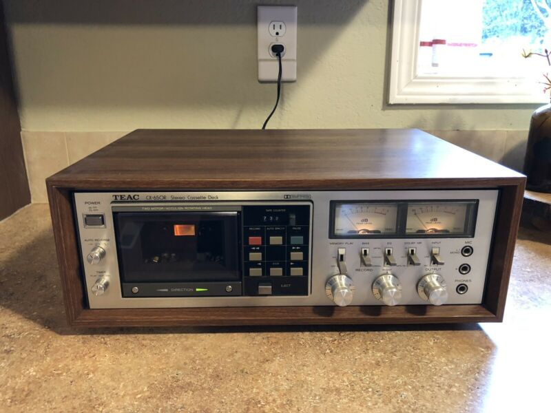 Vintage TEAC CX-650R Stereo Cassette Deck w/Wooden Cabinet