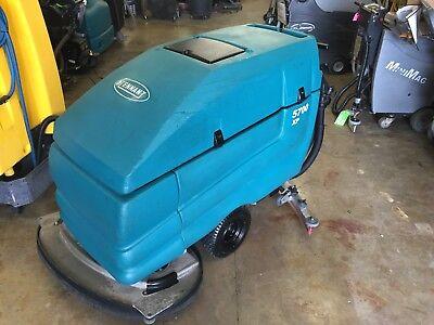 Tennant 5700 Xp 36 Floor Scrubber