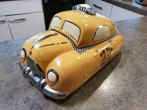 RARE VINTAGE HENRY CAVANAGH BIG CITY TAXI CAB CAR CERAMIC COOKIE JAR