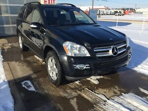2007 MERCEDES GL320 / 7 PASS / AWD / NAV / CAMERA