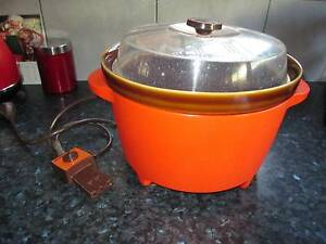 RETRO MONIER CROCK POT Golden Grove Tea Tree Gully Area Preview