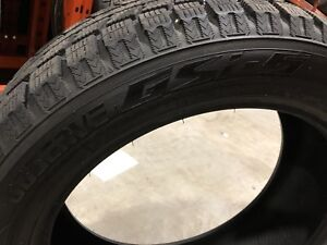 Toyo Observe GSI-5 225/55R19 comme neuf.