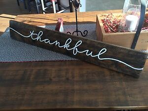 Rustic Sign of reclaimed wood: thankful