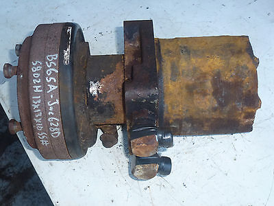 Front hydraulic drive wheel motor jacobsen 2721320 01 for Parker hydraulic motor identification