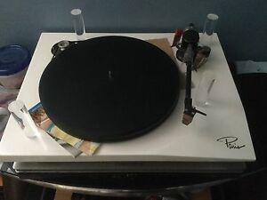 Oracle Paris turntable MKi