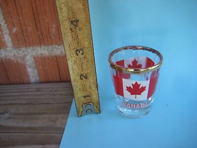 Vintage *** CANADA *** Shot Glass (Glasses Usa Canada)
