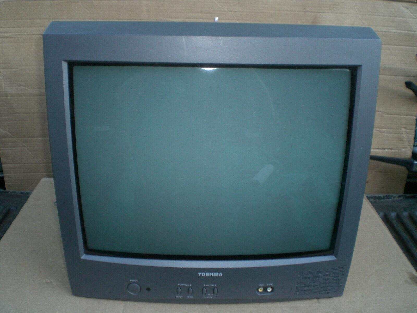 "Toshiba 20"" Crt color Television   model 20A22 Retro Gaming"