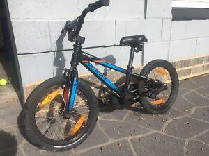 Specialized Hotrock Kids Bike