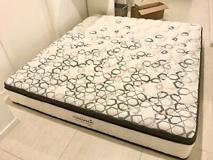 King Pillowtop Mattress, Medium, As New, need gone $1600 new, $450