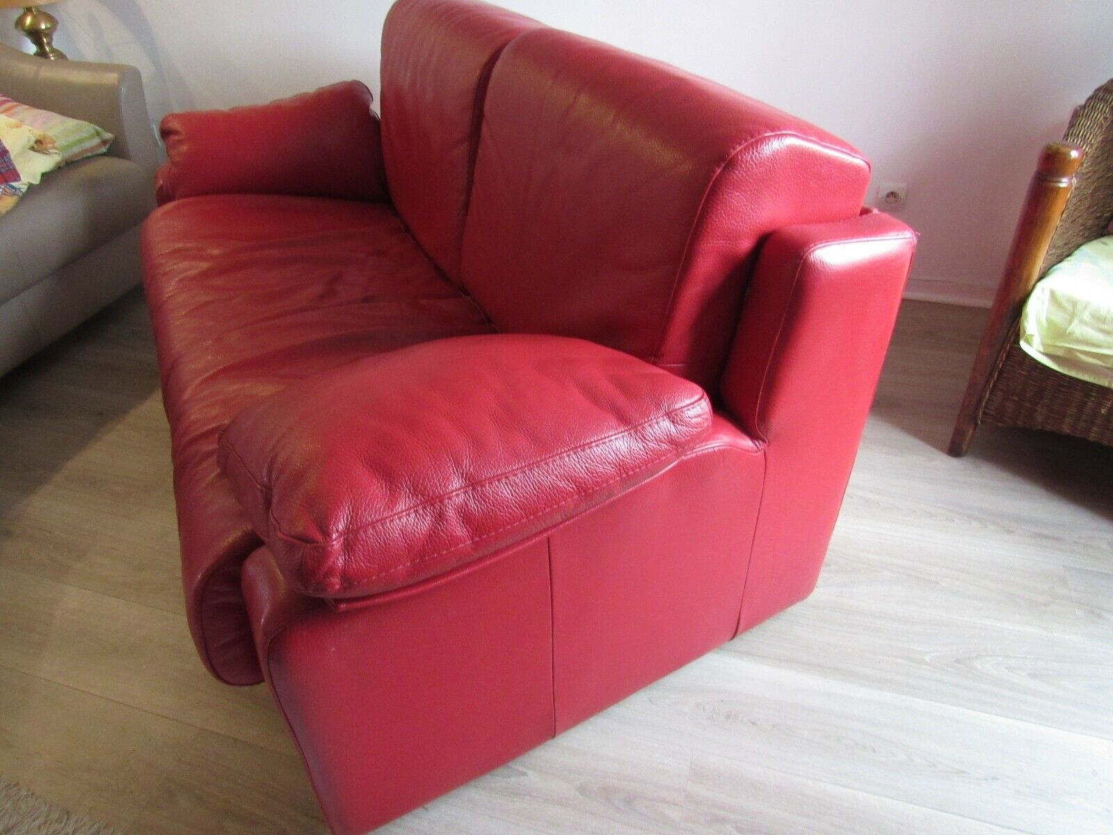 Canape convertible cuir rouge
