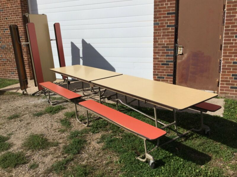 Elementary School Cafeteria Folding Lunch Tables Located In Minnesota