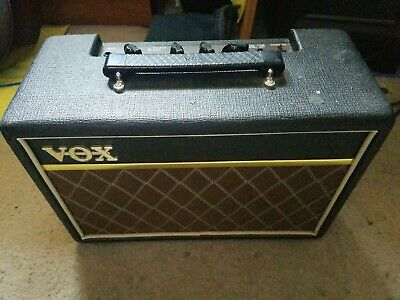 Vox Pathfinder 10 watt Guitar Amp