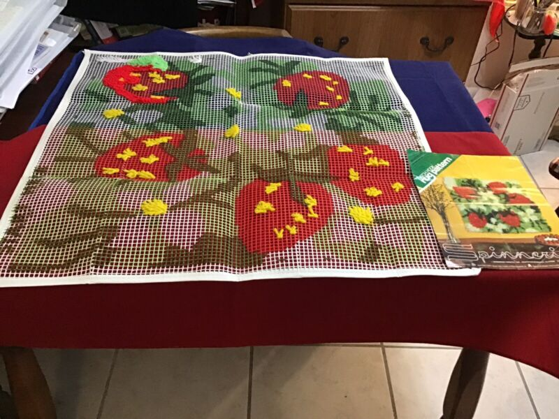 "Latch Hk Rug Canvas only Vintage ""Strawberries""Spinnerin #516 28""  Started.(#552"