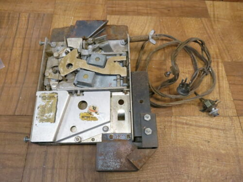 AMI Jukebox D80 Coin Acceptor / Slug Rejector w/ Coin Switches