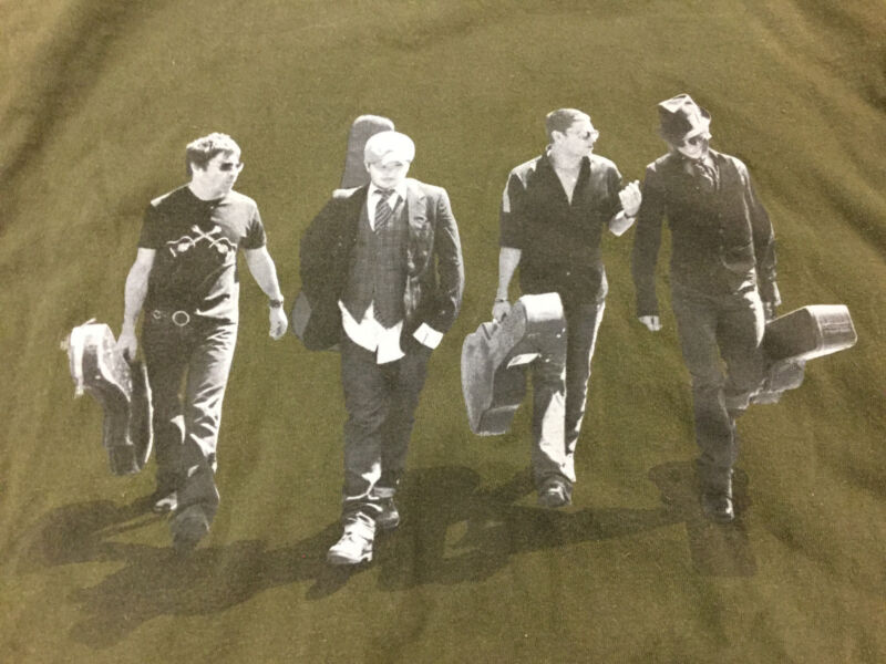 Matchbox Twenty Exile in America Tour Band T Shirt Size XL