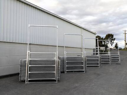 18m Diameter Horse Round Yard Panel 26Pcs incl. 3m tall Gate
