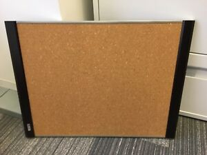 Quartet Prestige cork board - wood finish