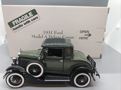Danbury Mint 1931 Ford Model A Deluxe Coupe 1/24 Diecast Scale With Box