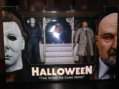 Reel Toys NECA Halloween Diorama The Night He Came Home Michael Myers Dr. Loomis (Halloween The Night He Came Home Toy)