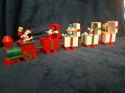Vintage Disney applause Figures Mickey Mouse Christmas Train Set Of 5