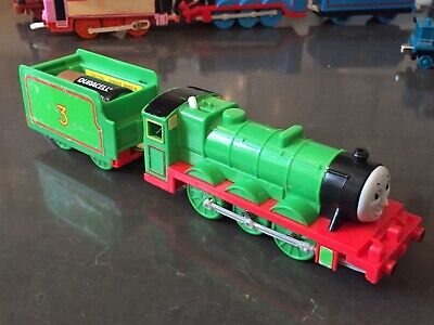 Thomas Trackmaster - 2006 Hit Toy Train Henry And Tender - No Tender Lid