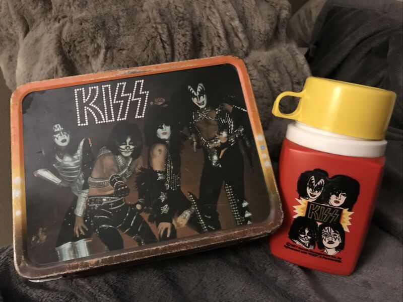 KISS lunchbox  With Aucoin Thermos 1977
