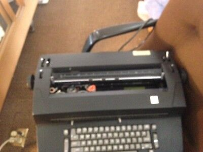 Vintage Black Ibm Selectric Ii Correcting Electric Typewriter With Accessories
