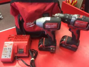 Kit de perceuse MILWAUKEE