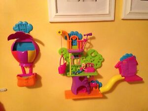 POLLY POCKET ULTIMATE WALL PARTY SET Kitchener / Waterloo Kitchener Area image 8
