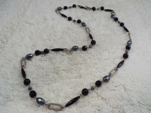 Silvertone Gray Black Bead Necklace (A57)