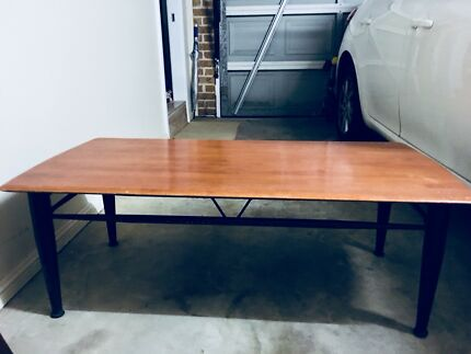coffee table cast iron legs