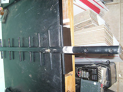 Larsen Base Station Antenna Ya5825w Freq.824-896 Mhz With 31
