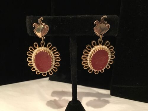 ANTIQUE AUTHENTIC GOLD TONE, PEARL & INTAGLIO OVAL HIGHLY DECORATED EARRINGS NR