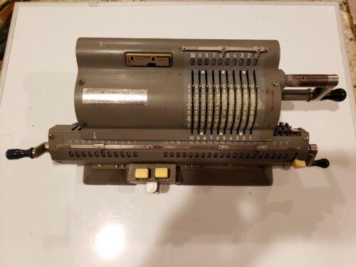 ORIGINAL ODHNER, GOTEBORG SVERIGE Vintage mechanical Calculator,  Sweden