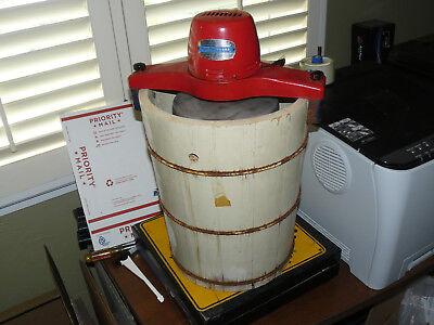 "Rare Antique ""Handy Freeze Electric Ice Cream Freezer HandyFreeze  2226-B works"