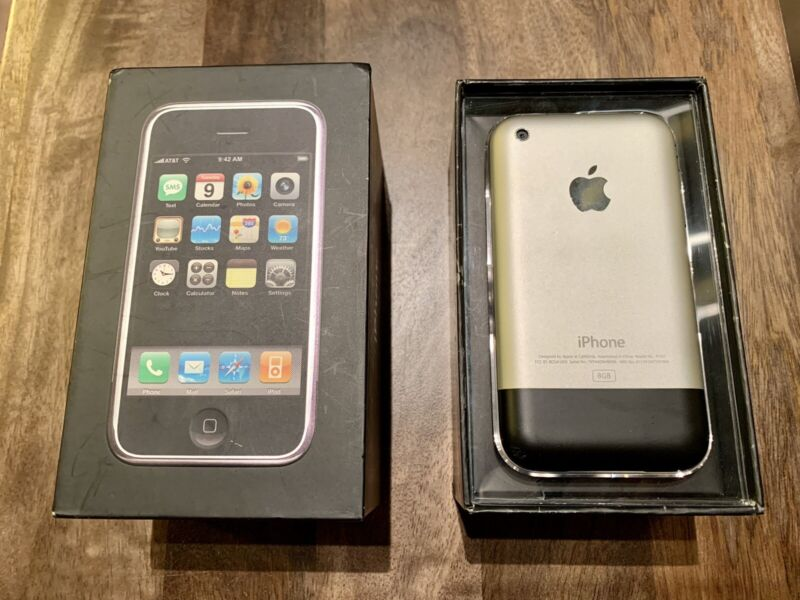 📱Apple iPhone 1st Generation 8GB (AT&T)A1203 Excellent Condition / Matching Box