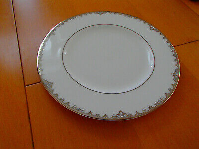 LENOX china FEDERAL PLATINUM pattern Accent Luncheon Plate 9-3/8