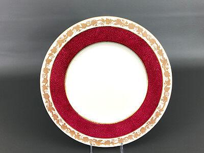 Wedgwood WHITEHALL bone china dinner plate (ruby W3994) c.1944 England