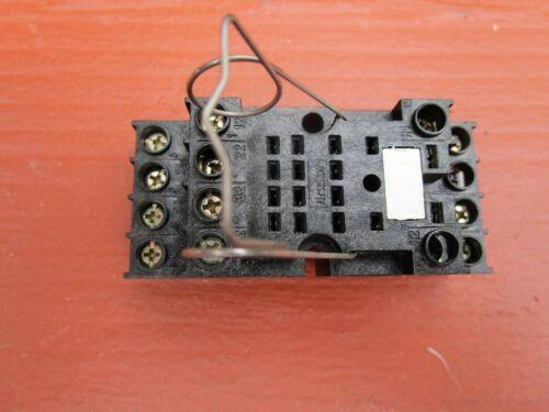 FINDER 94.74 Relay Base Socket 14-Pin 10A 250VAC