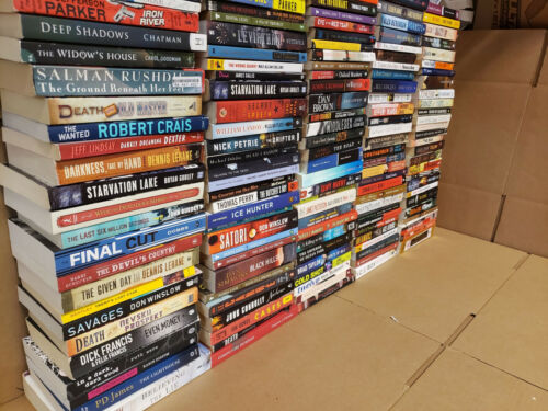 Lot of 140 Mystery Large Trade Paperback Book Suspense Thriller Crime Murder MIX