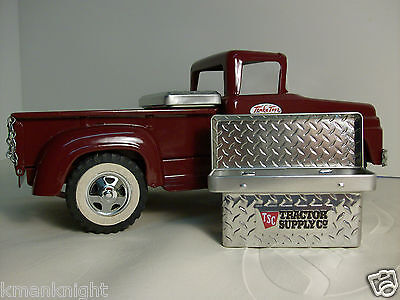 Diamond Plate Truck Tool Box Pressed Tin/1:16 Scale Pressed