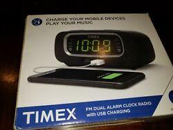 Timex T2351B Dual Alarm Clock Radio With USB Charging Digital tuning