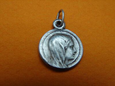 Jolie Antique Medal, Notre Dame Lady Lachet