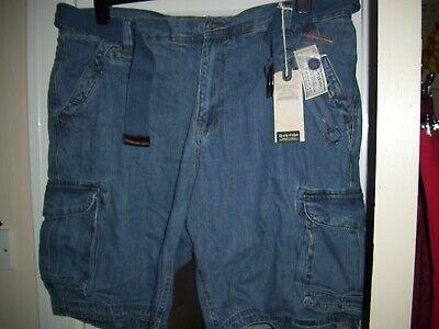 Jacamo men's brand new blue denim shorts with leg pockets. Size 44 inch waist.