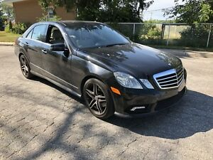 2010 Mercedes e350 4 Matic AMG Like New! Low kms! Financing!