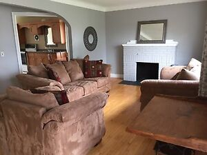 3bdrm 1 bath home Near Indian & Cathcart
