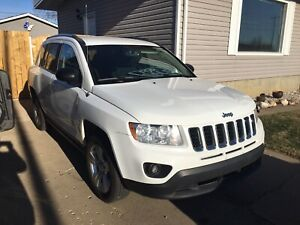 2013 Jeep Compass 4x4( REDUCED )