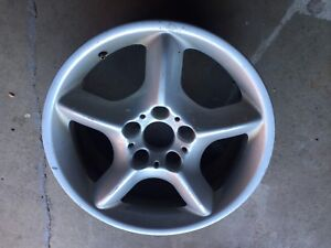 """1 mag 18"""" & tire pour BMW X5 (ideal comme spare)"""